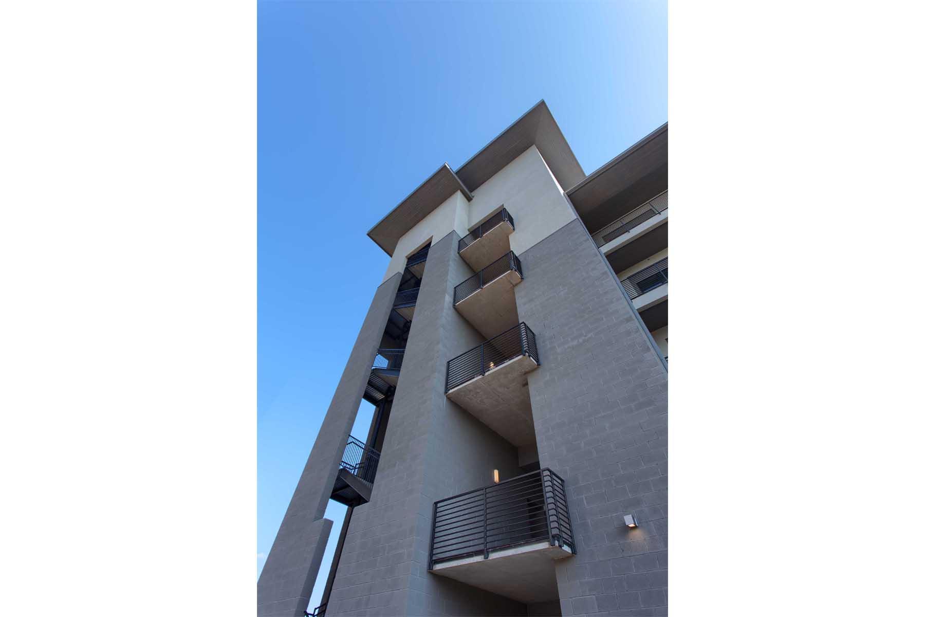 waterfall-condominiums-exterior3