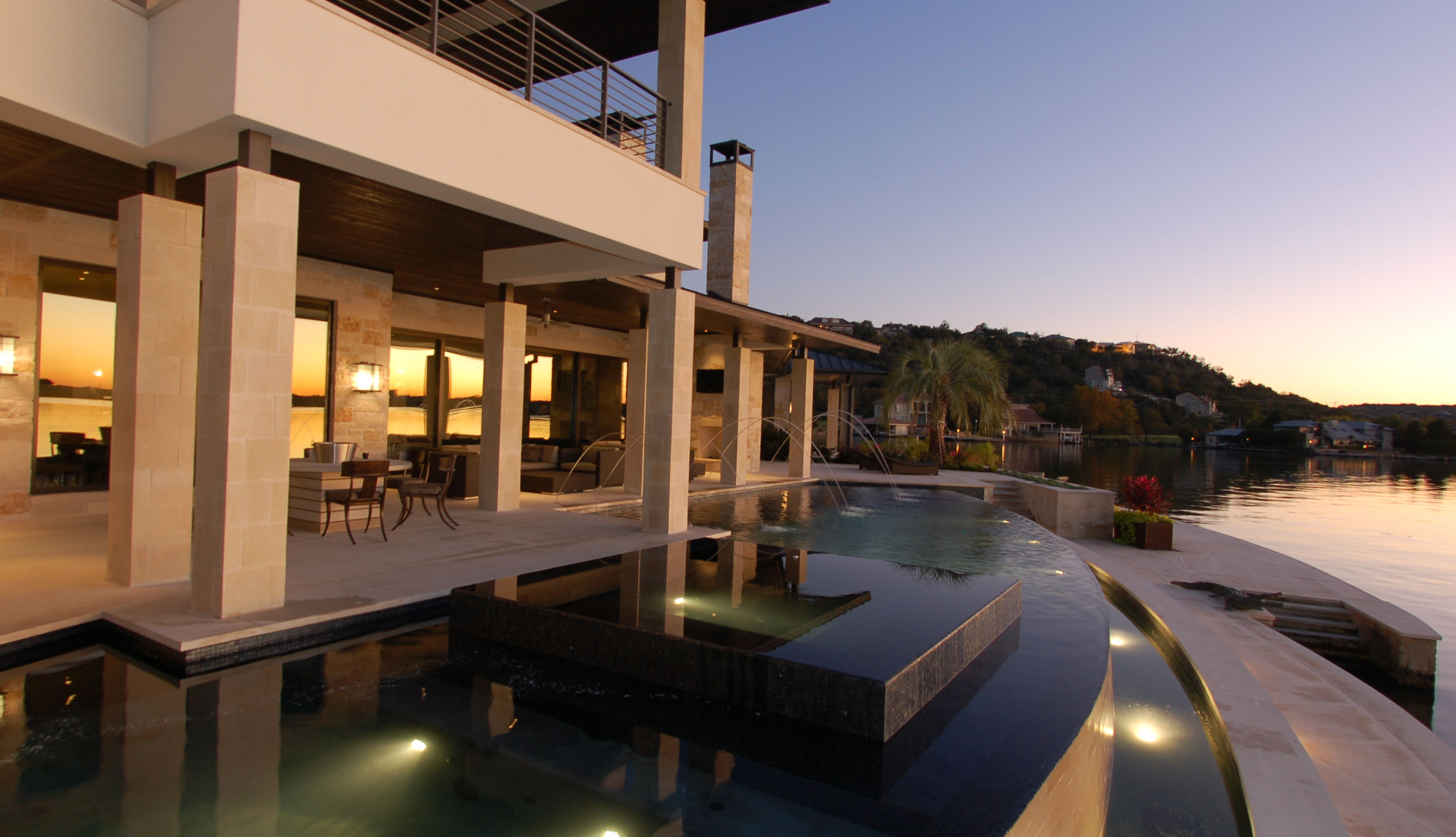 horseshoe-bay-pool