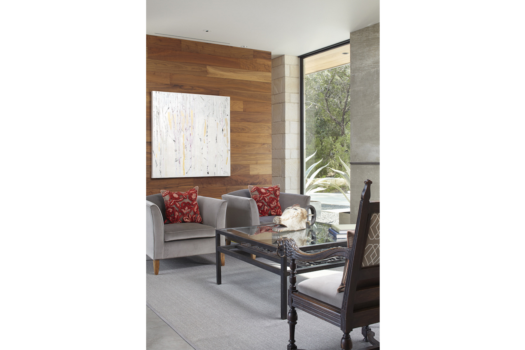 hill-country-residence-living-room2