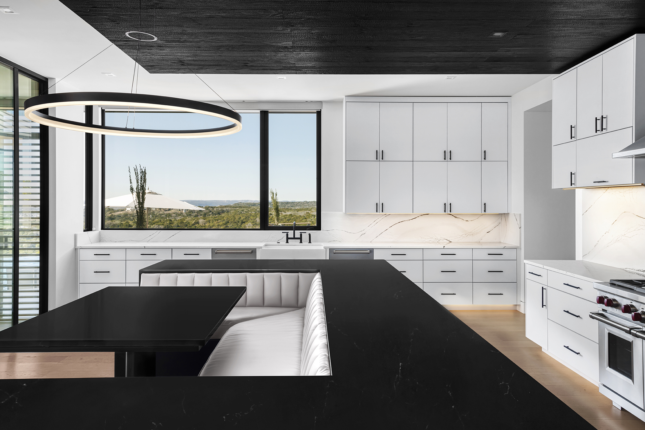 Two Coves Contemporary Kitchen