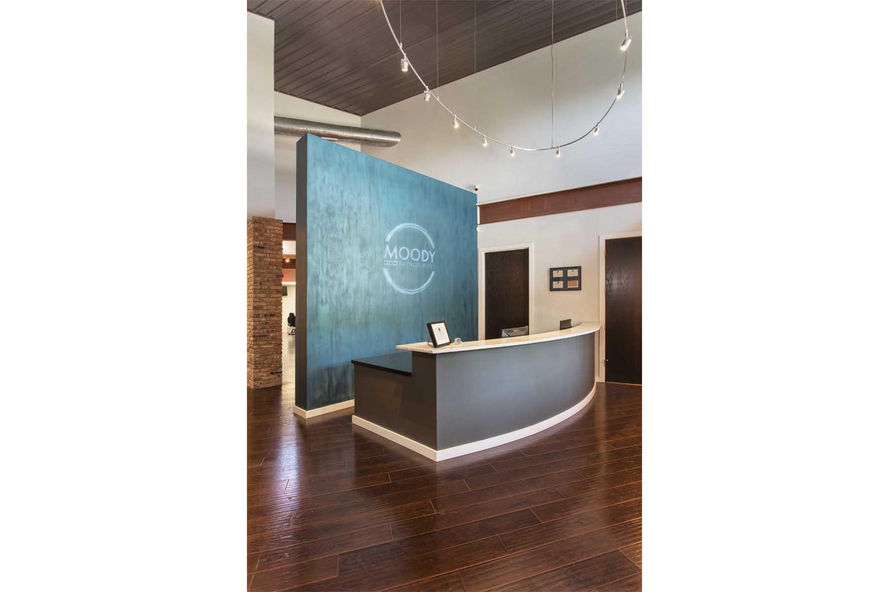 moody-orthodontics-reception