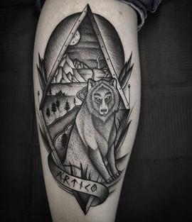 #goodnight Wolf I did on Alvaro's leg. T