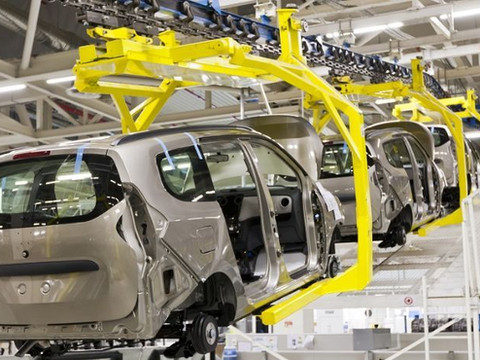 """""""Industria Automotriz: Impuestos y frente sindical los principales lastres"""". El 2 de agosto de 2017"""