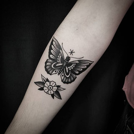 • Butterfly on @lor_gomez arm. Muchas gr