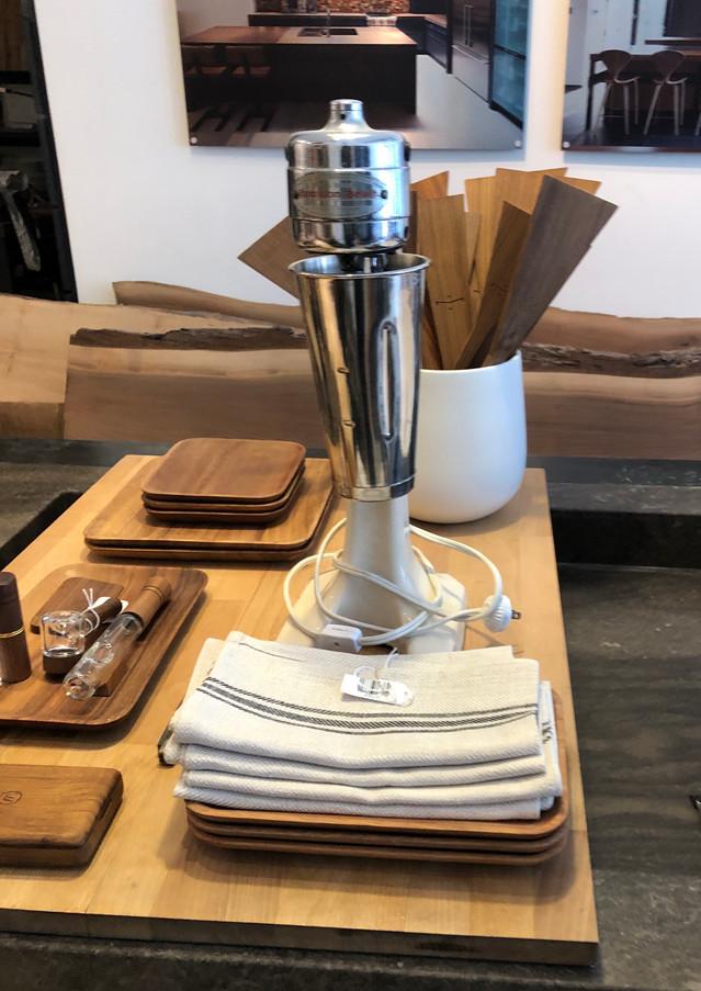 boutique moine urbain, accessoires de table en bois, fait à la main, ustensils, couverts, vintage, accessoires choisis