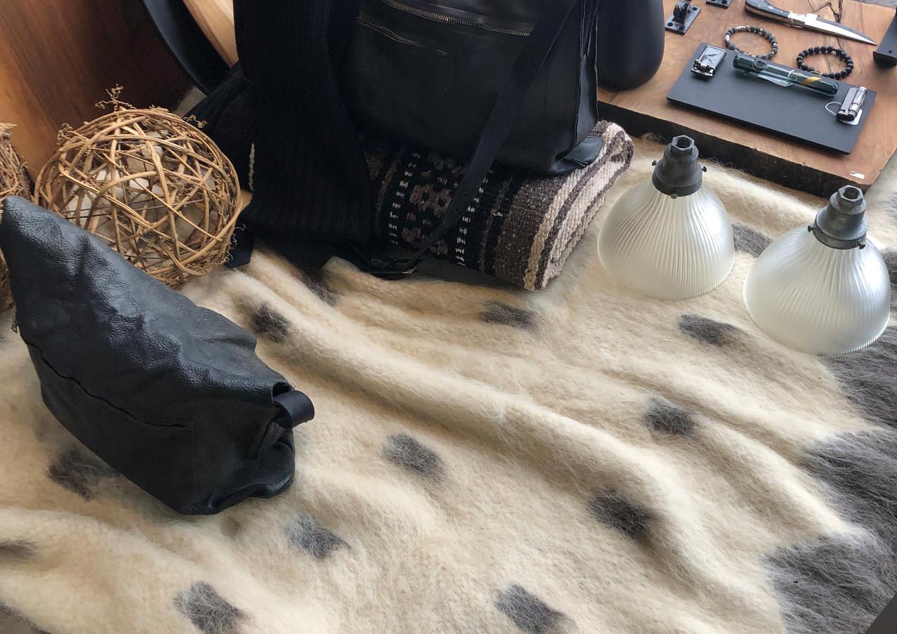 draps de maison, jetés, laine brut, laine tissé à la main, laine d'alpaca