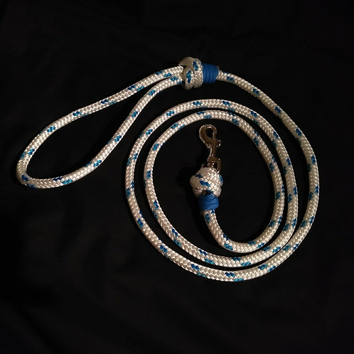 White with Blue Fleck Marine Rope Dog Lead, 'Royal Blue' Whipping