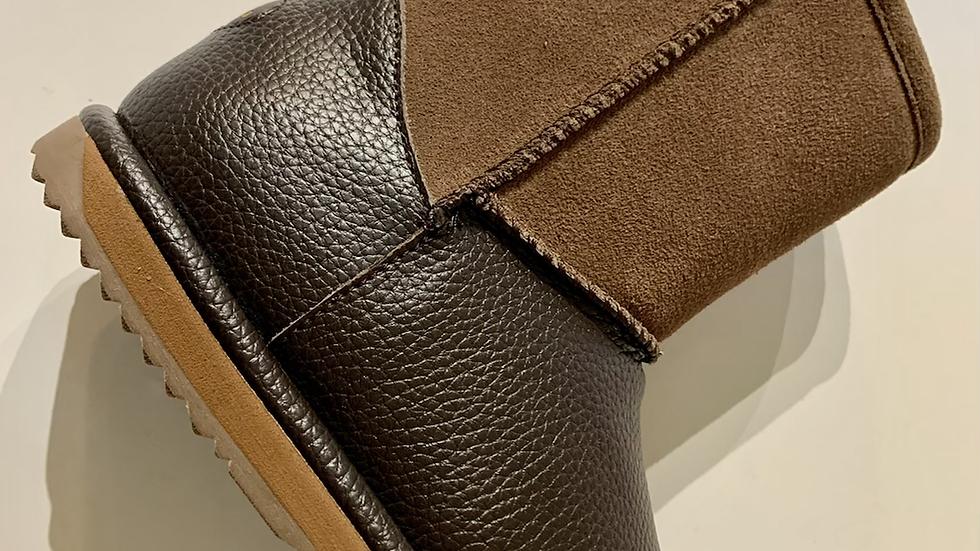 EMU Trigg leather and sheepskin waterproof boot K12169