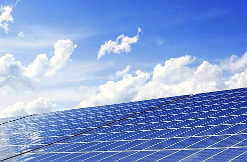 photovoltaic-2138992_1920_edited.jpg