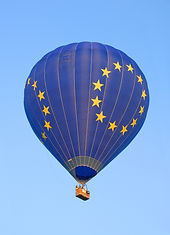 hot-air-ballooning-1804068_1920%20(1)_ed