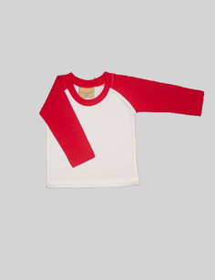 Red baseball t-shirt The red sleeved baseball t-shirt is great bold color to bring variety to theBjörkBox and your wardrobe. Can be paired with leggings or the pyjama trousers for a simple outfit.