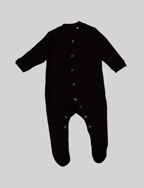 Black onesie The full body onesie is perfect for cold winters with sewn on socks. The sleeves are elasticated for an ideal fit that can be pushed up if too long. Perfect as a sleep suit or day outfit