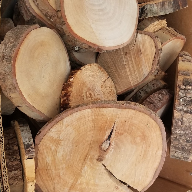 Wood rounds of various sizes