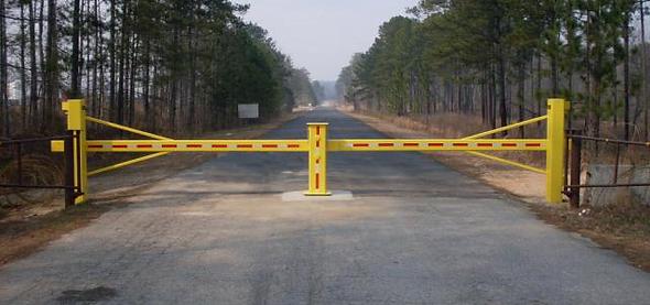 Swing Arm Gate - Innovo Security Works.p