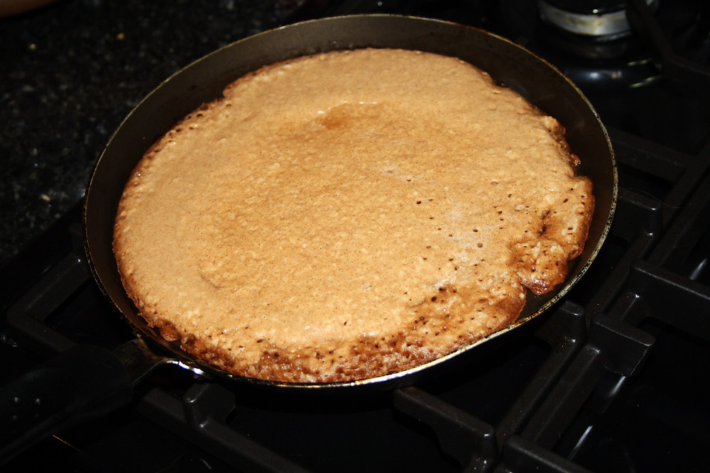 Pancake in the pan | vegan, gluten free cinnamon coconut pancake recipe | The Dopey Vegan