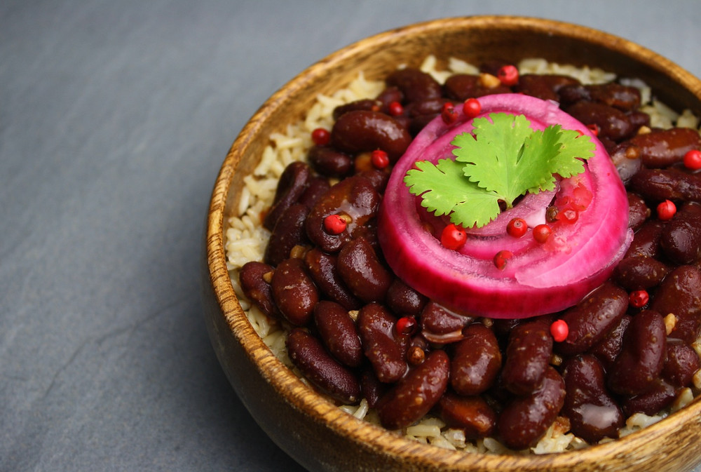 Rice and bean bowl topped with pink pickled onions | Vegan and gluten free recipe | Pink Pickled Onions | The Dopey Vegan