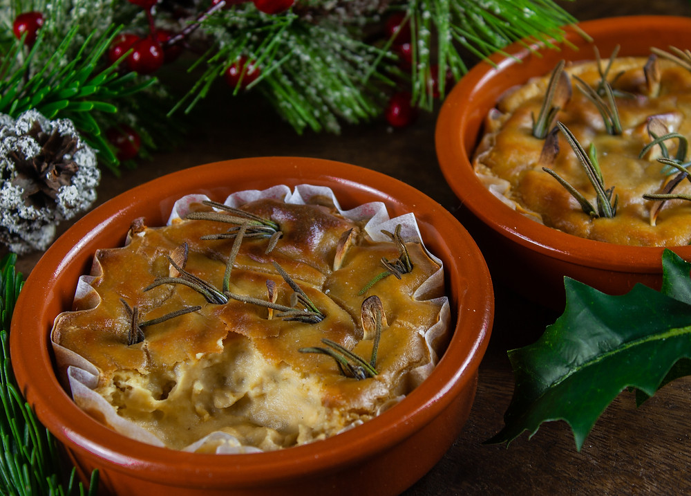 Vegan Baked Camembert | Vegan Cheese Recipe | Vegan Camembert | Vegan Christmas recipe | Vegan and gluten free recipe | The Dopey Vegan