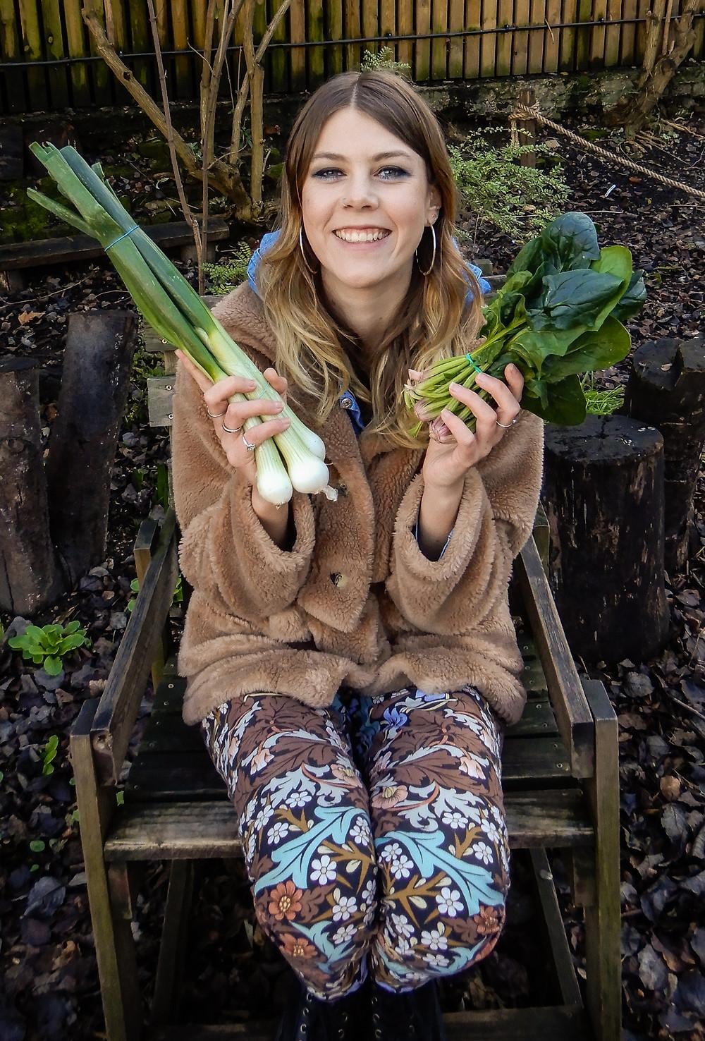 Showing off my cheap greens | Vegan on a Budget 101 | Vegan guide to eating on a budget/cheaply | The Doepy Vegan