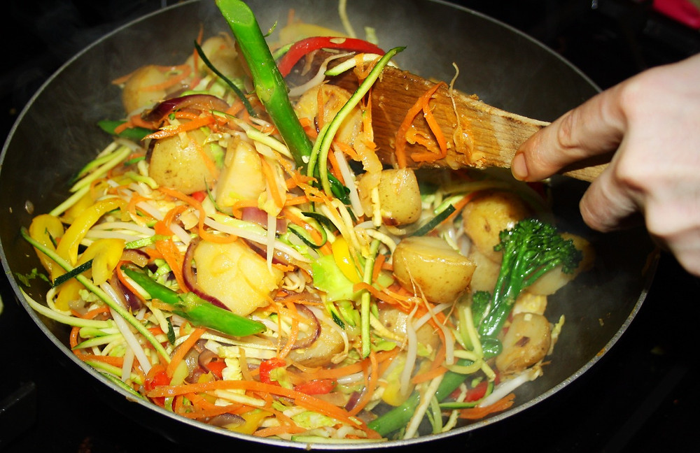 In the Wok | Banana Stir Fry Curry | Vegan Gluten Free Recipe | The Dopey Vegan