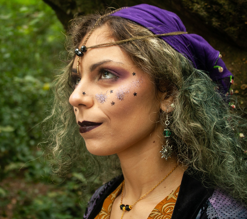 Close up of the forutne teller makeup | Fortune Teller | Ethical Halloween | Ethical and sustainable fashion | Ethical and sustainable fancy dress | The Dopey vegan x The Revival Collective
