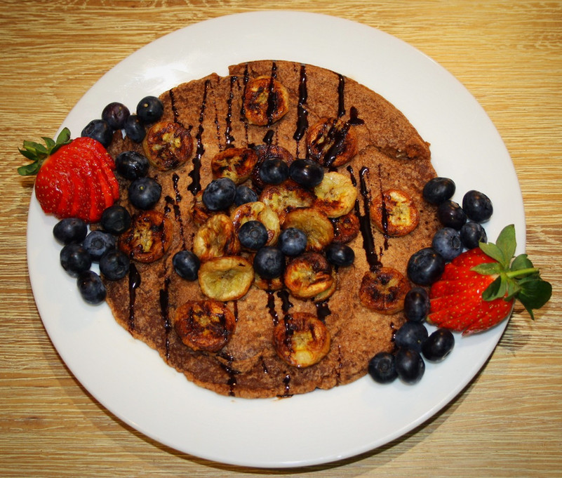 Cinnamon and Coconut Pancakes with Roast Banana