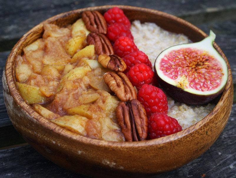 Chai Stewed Apples and Quinoa Porridge