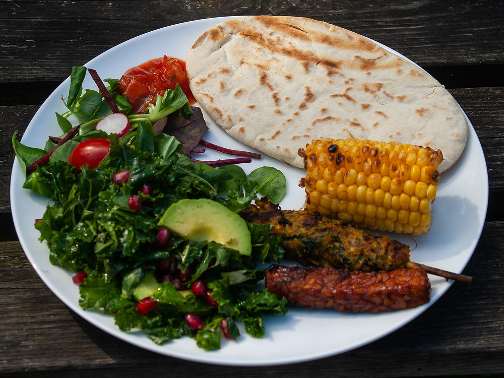 Full loaded plate | The cooked vegan kebabs and ribs  | BBQ | Vegan BBQ | The Meat-Free Butchers by Sainsbury's | Meat-Free Options | Vegan Butchers | Vegan Meat | The Dopey Vegan