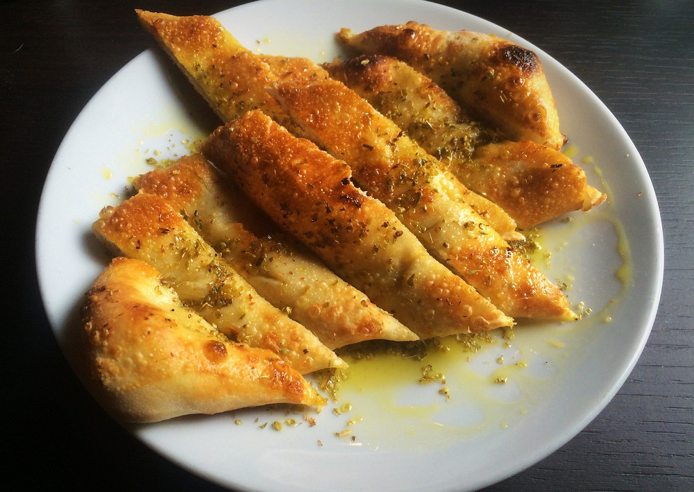 Garlic Bread   Fed by Water Review   Vegan Italian restaurant   The Dopey Vegan