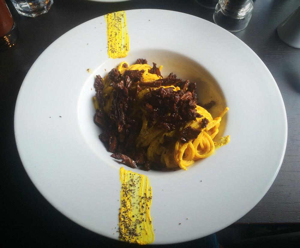 Spaghetti alla carbonara   Fed by Water Review   Vegan Italian restaurant   The Dopey Vegan