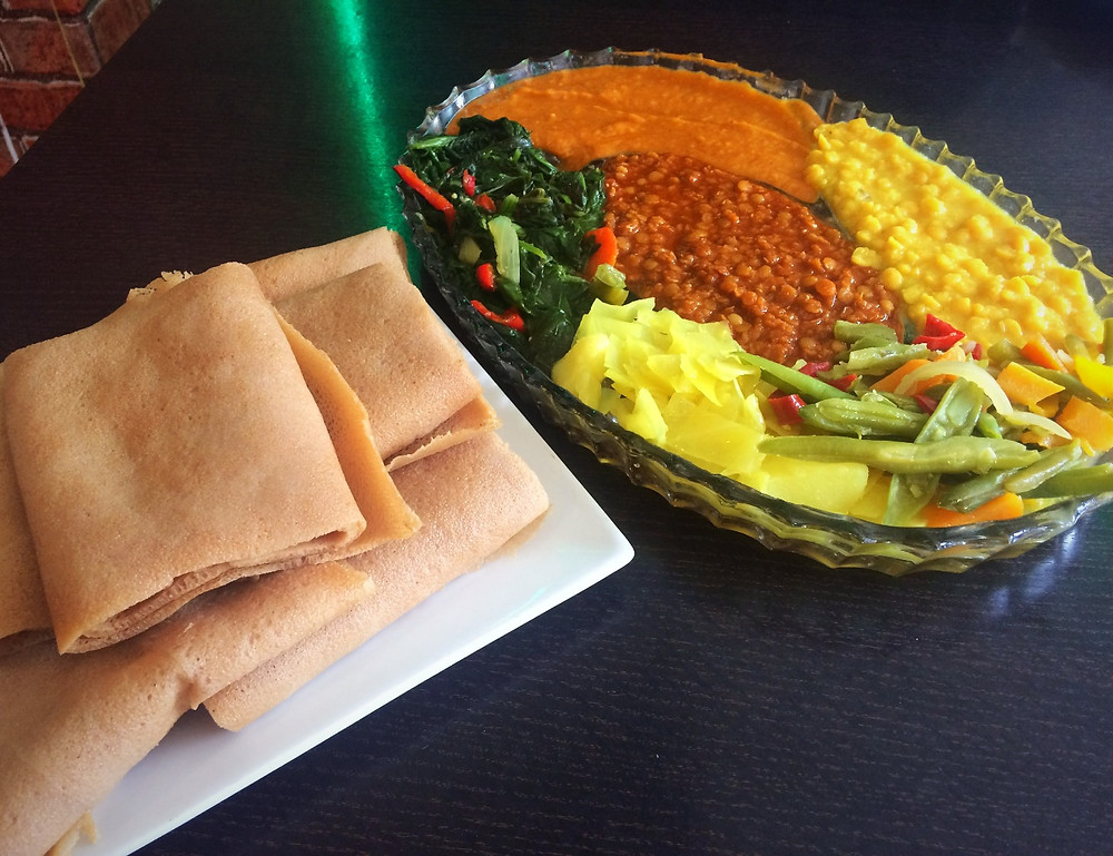 The Sharing Platter | Andu Cafe Review | Traditiional Ethiopian Vegan Food | The Dopey Vegan