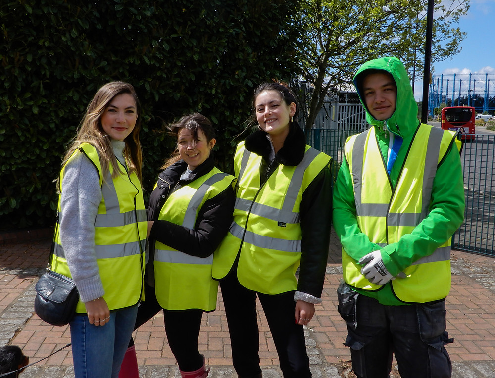 Happy Volunteers  | The River Pool Spring Clean | Great British Spring Clean | Litter Picking | Rhubarb and Custard Cupcakes | Vegan and Gluten Free Recipe | The Dopey Vegan