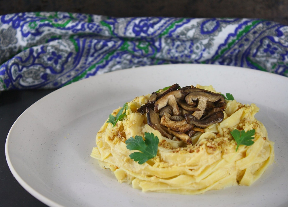 | Swede Carbonara with Shiitake mushroom bacon | Vegan carbonara | Vegan and gluten free recipe | The Dopey Vegan