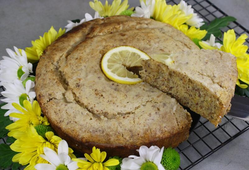 Alice's Vegan Bakes: Lemon Gin Drizzle Cake