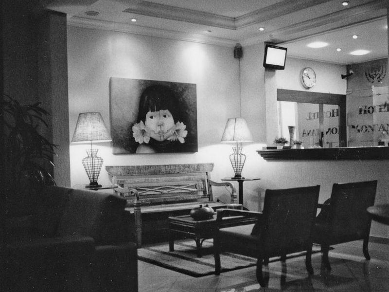 hotel-montana-recep
