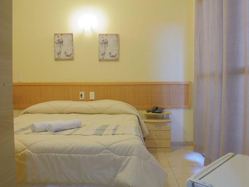 hotel-montana-4coolcama3