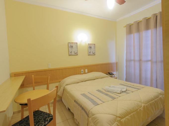 hotel-montana-4coolchair2