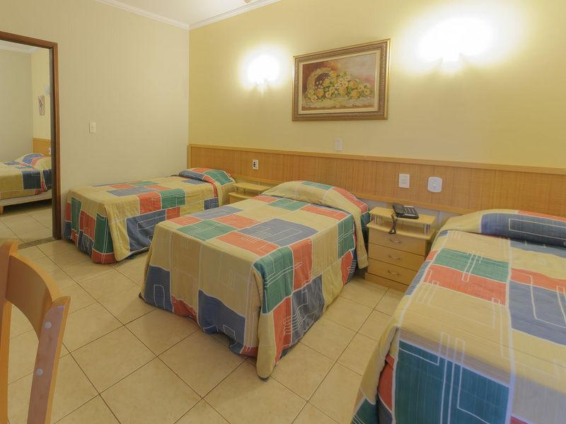 hotel-montana-1fuulviewboth14