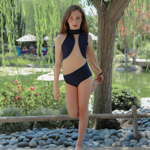 Tiffany - Child Large - Brand New