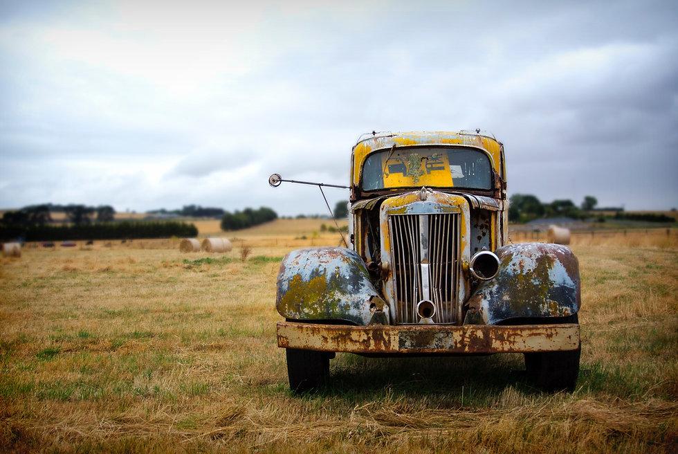 Roestige Oude Vrachtwagen