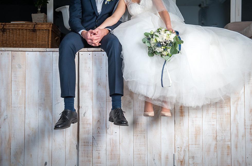 Bond-a-frame chichester west sussex wedding framing .jpeg