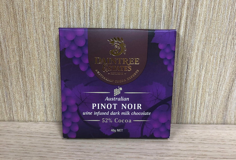 DAINTREE ESTATES - Australian Pinot Noir Wine Infused 52% Cocoa 40g