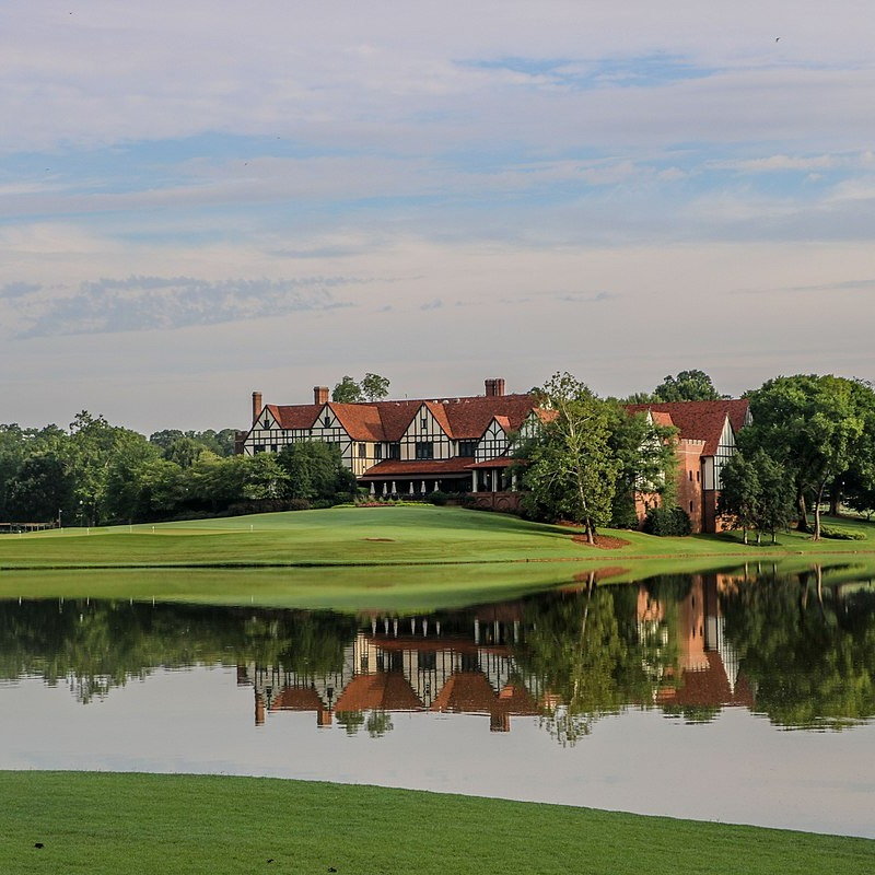 1200px-East_Lake_Golf_Club_2017_edited