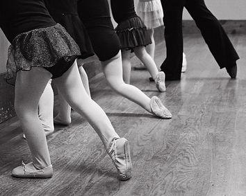 kids' tap, ballet, jazz, hip hop dance classes grand rapids