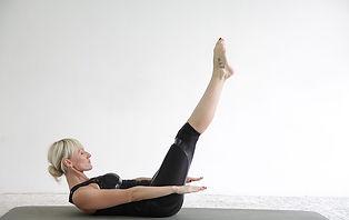 pilates-3799327_640.jpg