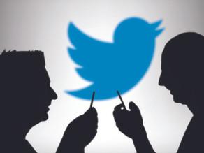 عندما تتحكم بنا تغريدة !