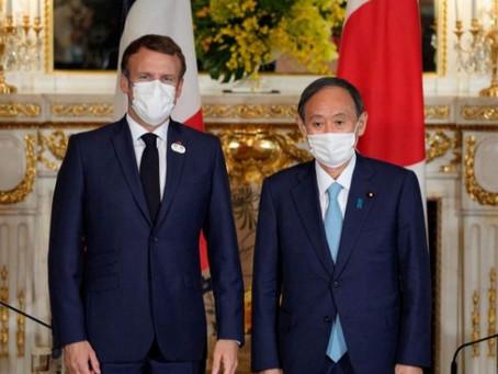 الرئيس الفرنسي إيمانويل ماكرون في طوكيو دعما وتشجيعا للبعثة الرياضية الفرنسية