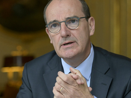 في ذكرى اغتيال باتي.. رئيس الوزراء الفرنسي يؤكد تمسك فرنسا بالدفاع عن الحريات