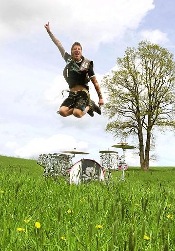 skidrock skid Jürgen Löffler design drum schlagzeugfolie custom drums schlagzeug drumdesign folieren folie customdrum drumset