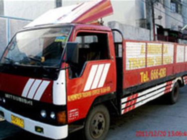 Dropside or Open Truck (Red)
