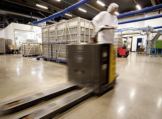 A forklift on an HTC Superfloor™